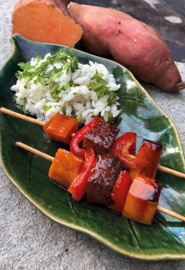 Süßkartoffel-Tofu-Spieße